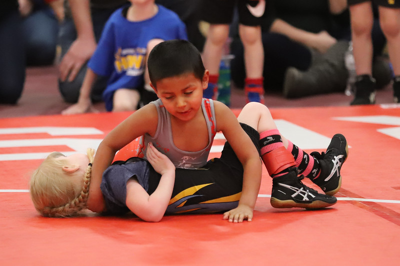 Little Guy Wrestling_4404.jpg