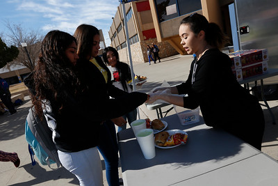Hispanic Chamber recognizes Bowie food truck