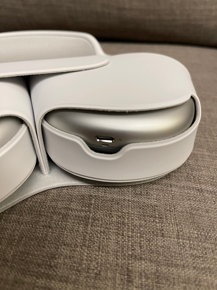 Apple AirPod Max Unboxing