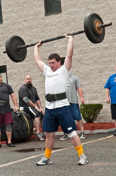 Fitness Revolution Strongman Challenge 2011_ERF3627.jpg