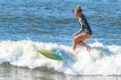 Dakota Ejnes Surfing Moku Classic 2019