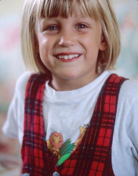 1990-08 Katie & Jad Roberts' Daughter - 5.jpg