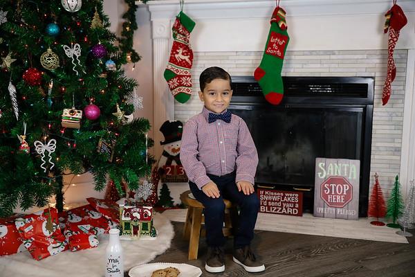 Diaz Family Holiday Portraits