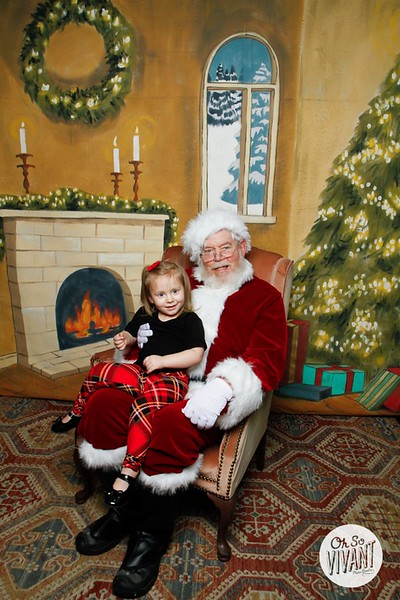 Pictures with Santa @Earthbound 12.1.2018-112.jpg