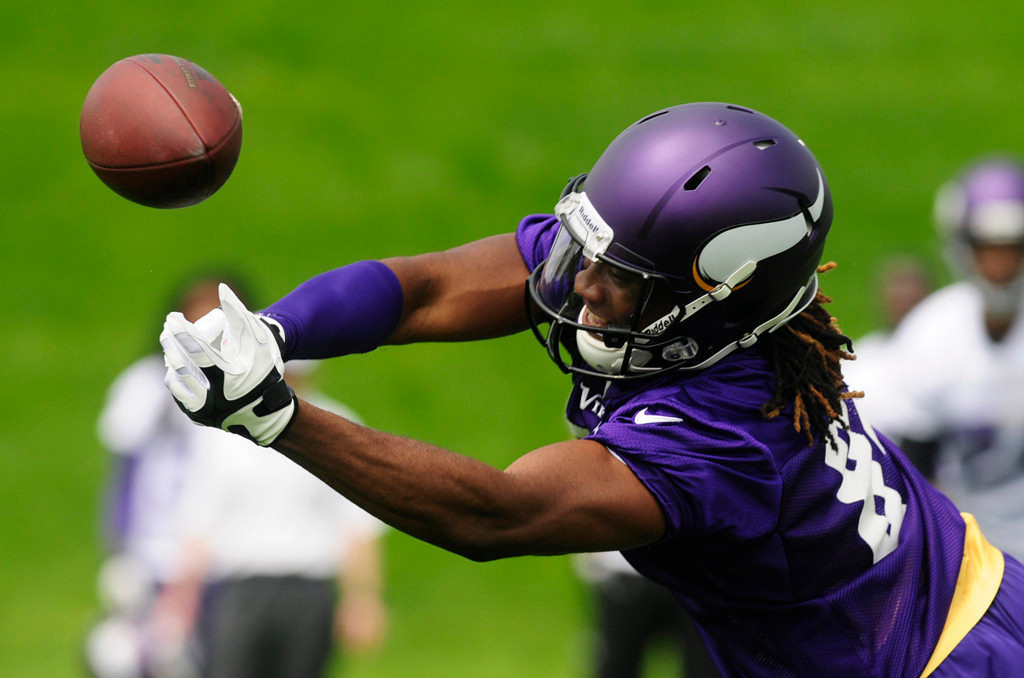 . Rookie wide receiver Cordarrelle Patterson tries to catch a pass during the team\'s practice in Eden Prairie on Wednesday.  (Pioneer Press: Scott Takushi)