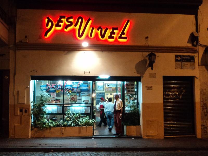 steak-des-nivels-exterior_6047382061_o.jpg