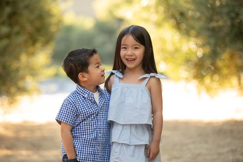Nguyen Family-4.jpg
