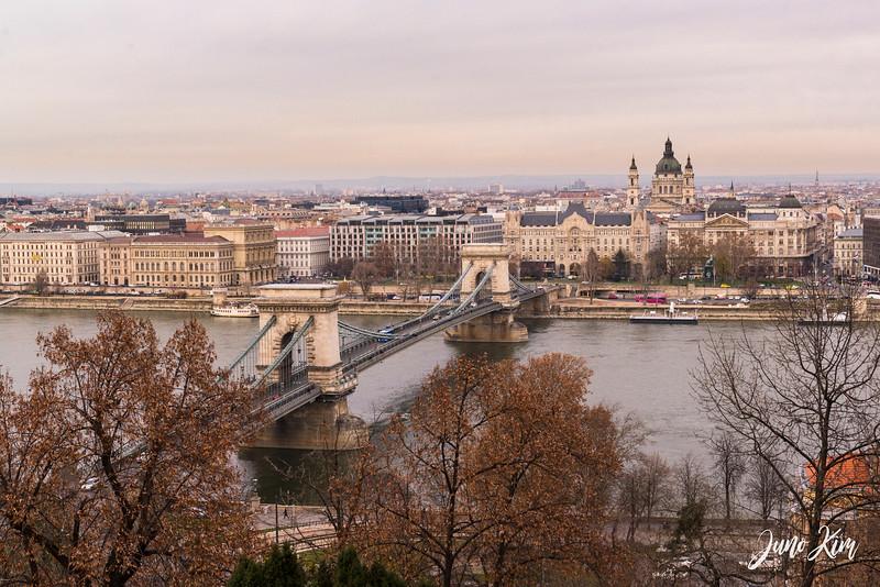2016.12_Budapest__6101384-Juno Kim.jpg
