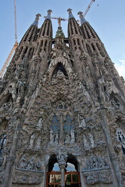 sagrada-familia-gothic-facade.jpg
