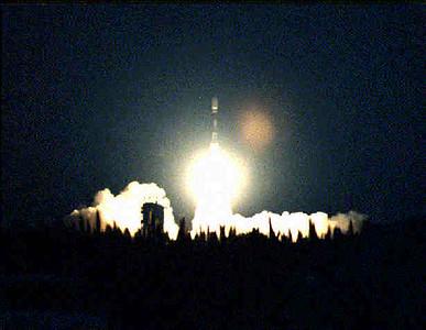 Boeing Delta II launches RadarSat 1 from Vandenberg AFB. CA. 11-4-1995