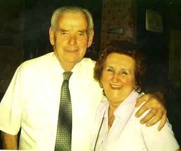 Benny & Mum 2004