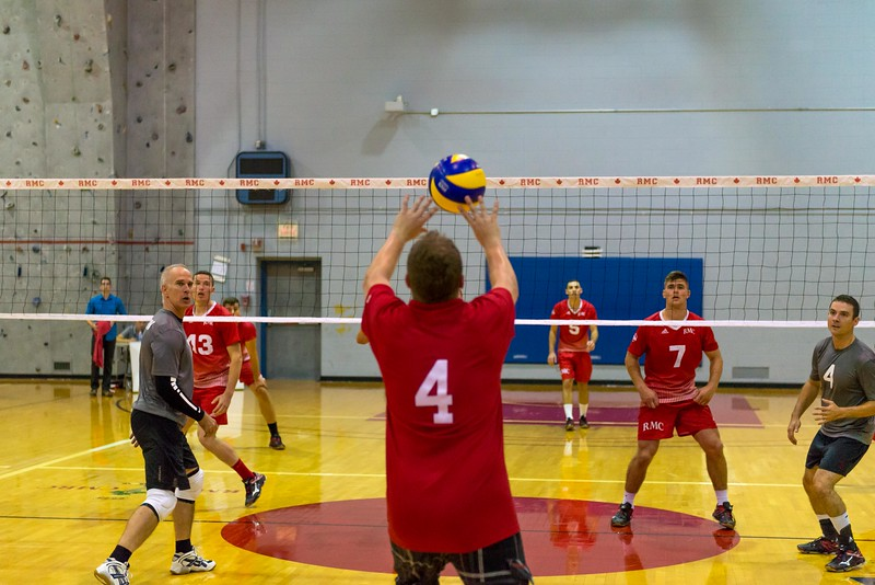 15-09-26 - (M) Vball Alumni Game-68.jpg