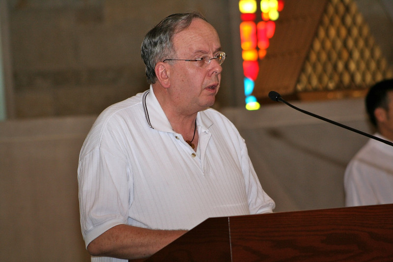 Fr. Jim Schifano served as cantor on Wednesday.