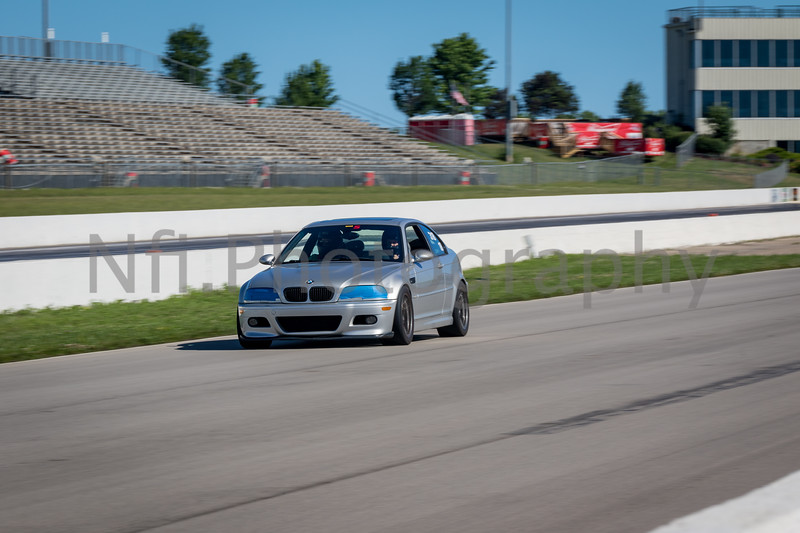 Flat Out Group 3-243.jpg