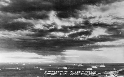 1938-SanPedro-LosAngelesHarbor-Battleships.jpg