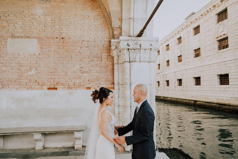 Tu-Nguyen-Destination-Wedding-Photographer-Dolomites-Venice-Elopement-238.jpg