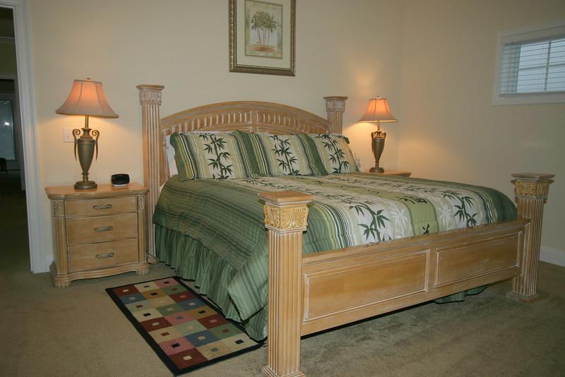 3rd floor master bedroom- gulf view