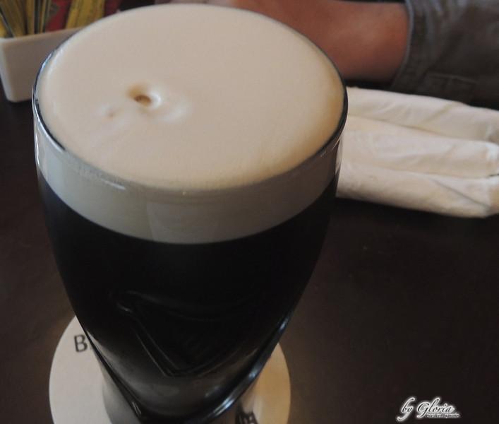 Ireland - by Gloria