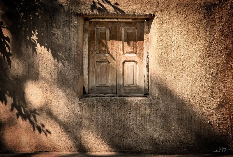 Sante Fe Window Closed.jpg
