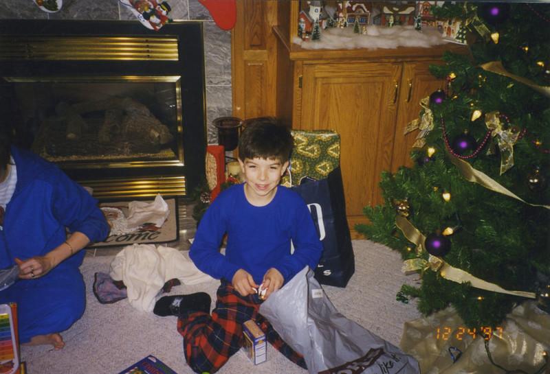 Christmas Past 009.jpg