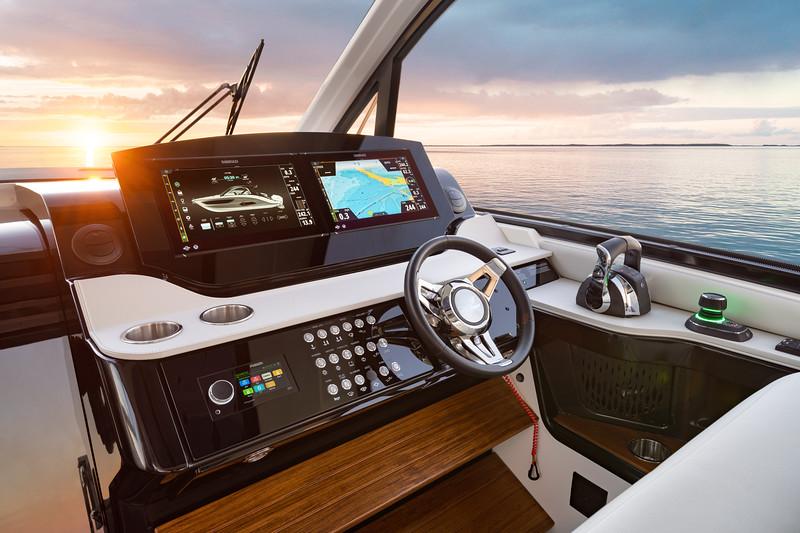 2021-Sundancer-370-Outboard-DAO370-helm-dash-sunset-05305-select.jpg