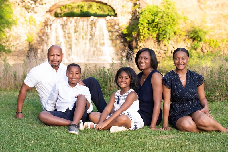 20190621 Barnes Family 0257Ed.jpg