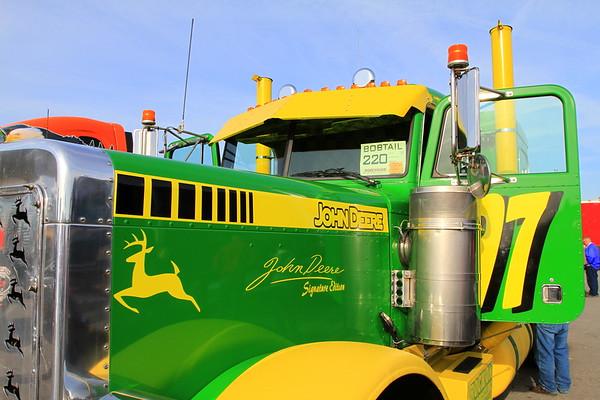 Mid America Trucking Show 2010