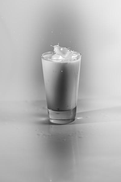 20200208-bw-milksplash-0032.jpg
