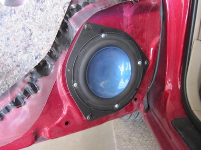 2006 Toyota Corolla LE Front Speaker Installation - USA