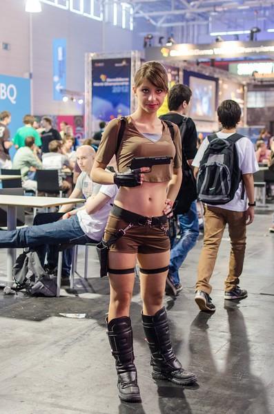 Tomb Raider cosplay @ Gamescom 2012