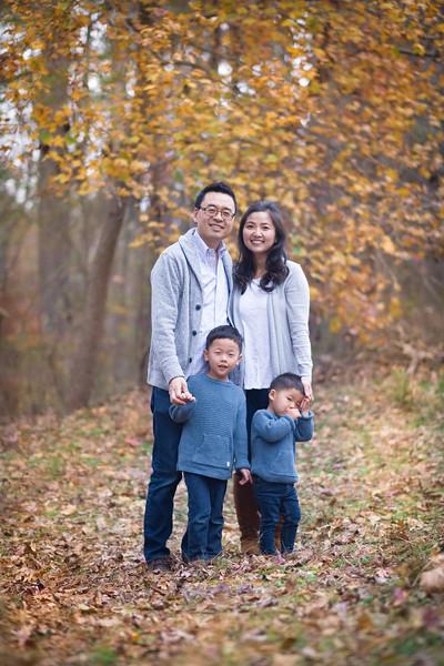 2019_11_29 Family Fall Photos-9348.jpg