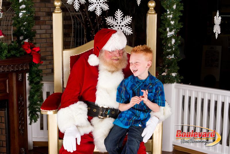 Santa Dec 8-276.jpg