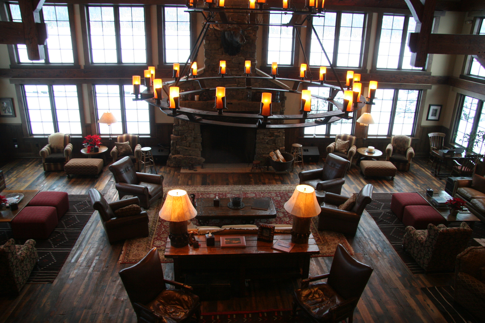 . The Great Room in the lodge at Vista Verde is a good place to kick back and read a book during quiet hours, and also where guests gather at the end of the day to swap adventure tales. (Photo by Kyle Wagner)