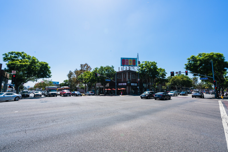 18_santa_monica_boulevard_at_fairfax_014.jpg