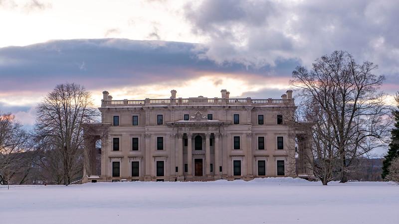 New-York-Dutchess-County-Hyde-Park-Vanderbilt-Mansion-National-Historic-Site-01.jpg