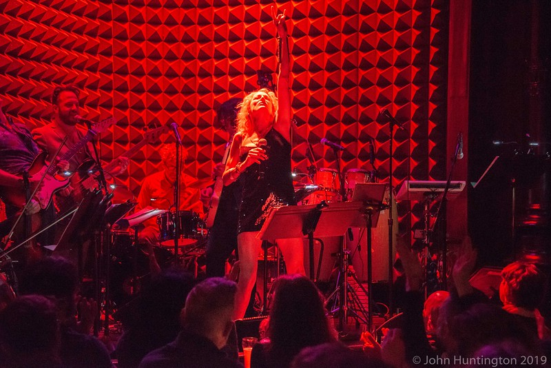 Loser's Lounge Bette vs. Barry at Joe's Pub, October 13, 2018 late show.
