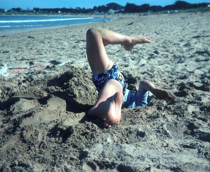 1977-1 (18) Allen 5 yrs 8 mths @ Apollo Bay.jpg
