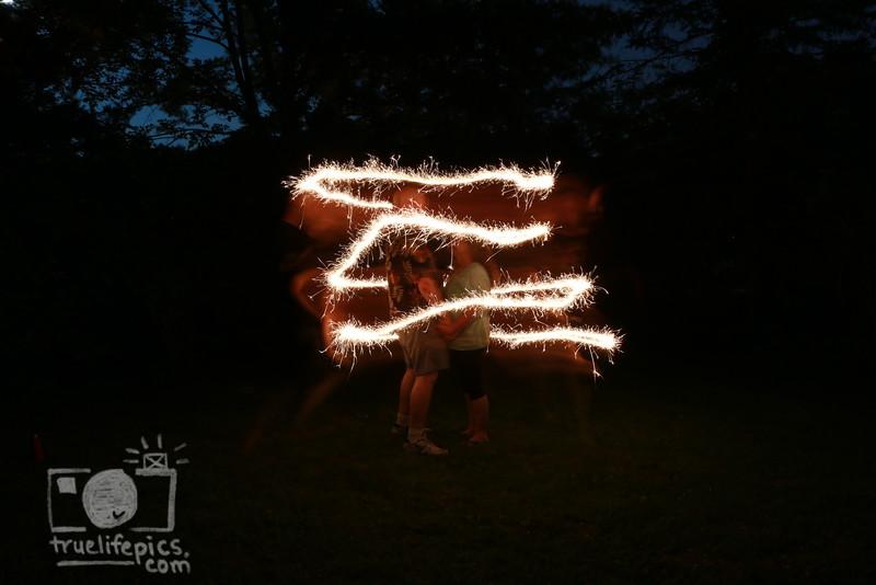 sparklers_0032.JPG