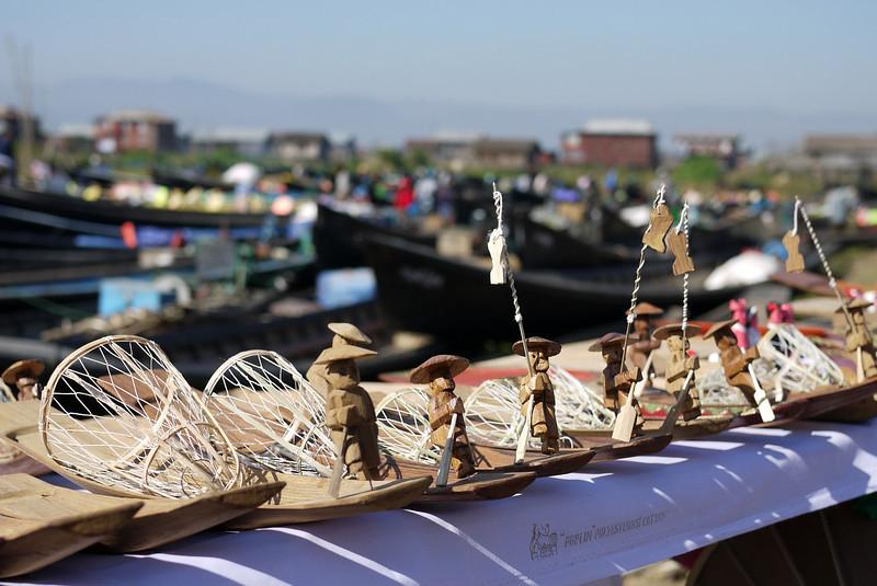 Wooden figurines of the traditional Burmese Inle fishermen, Inle Lake, Burma (Myanmar).