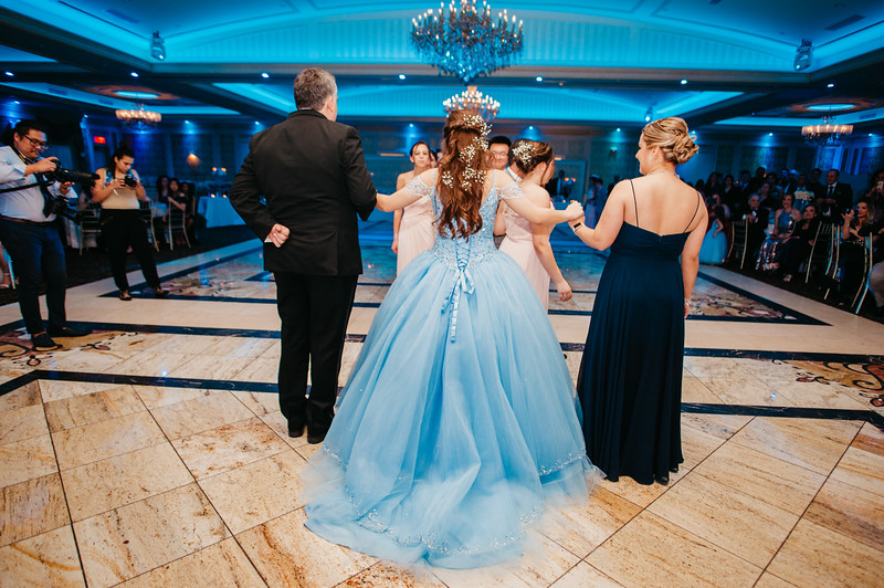 First Dance Images-123.jpg