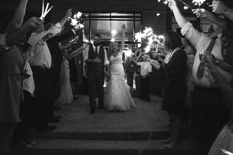 Lacy and Craig-9595.jpg