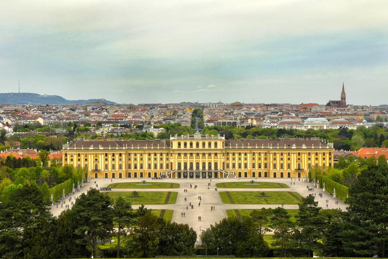 Schonbrunn Palace.jpg