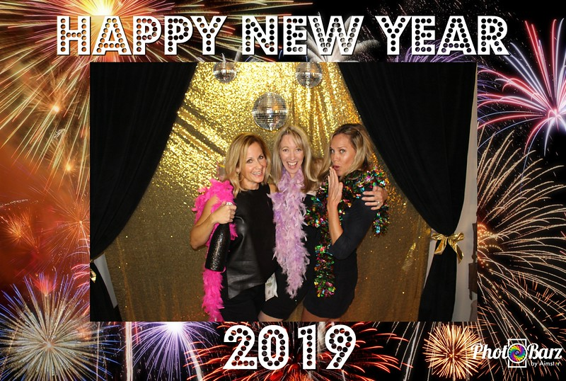 New Years 2019 Photobooth Pics (99).jpg