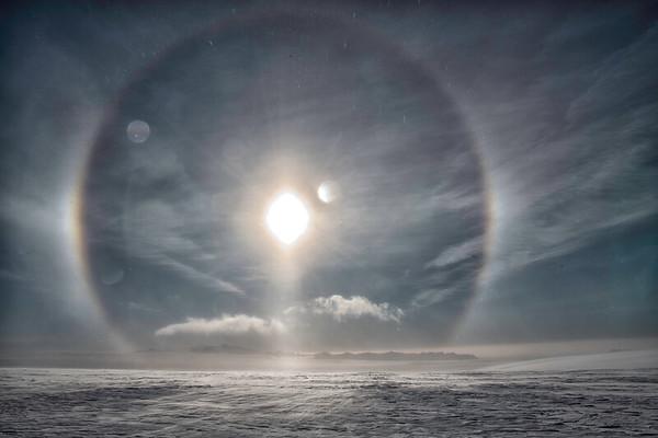 A jorney across Vatnajökull during Winter 2019