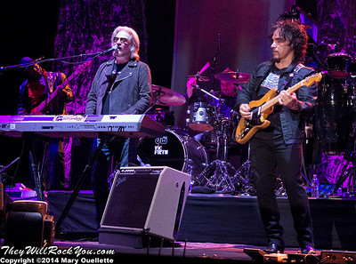 Hall and Oates <br> June 12, 2014 <br> Blue Hills Bank Pavillion - Boston, MA <br> Photos by: Mary Ouellette