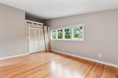 16112 41st Ave NE, Lake Forest Park (interior)