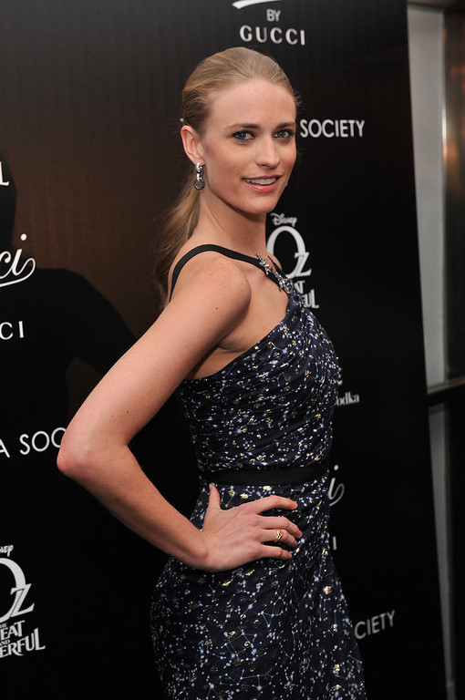 ". Model Julie Henderson attends the Gucci and The Cinema Society screening of ""Oz the Great and Powerful\"" at the DGA Theater on March 5, 2013 in New York City.  (Photo by Stephen Lovekin/Getty Images)"