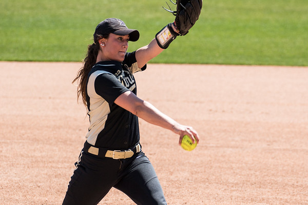 Purdue Softball vs Illinois 2016-4-16