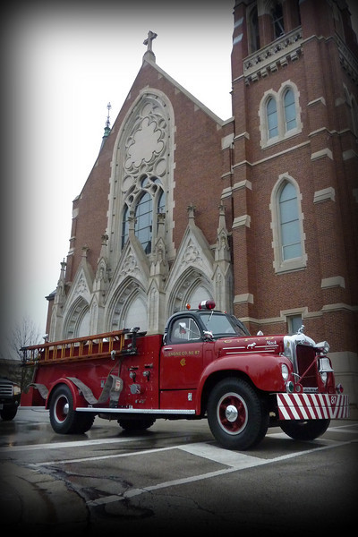 Engine 87 at St's Peter and Paul.jpg