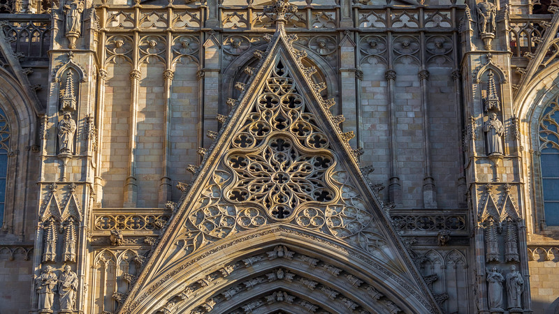 0033 Barcelona Basilica.jpg
